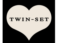 Twin Set Girl