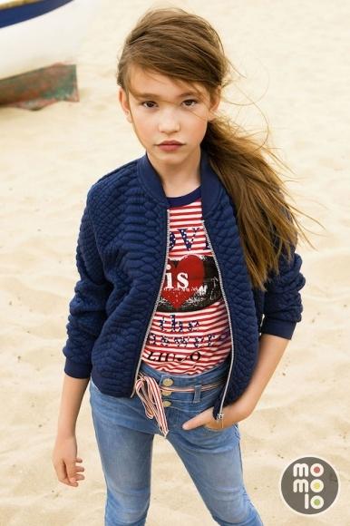 Ropa para niñas: Cazadoras Anoraks, Camisetas, Pantalones